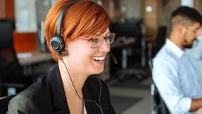 Rockfon customer service, headset, woman with headset, customer services, woman at work.